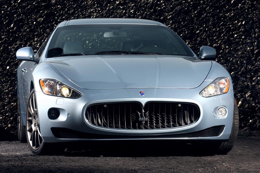 2010 Maserati GranTurismo Photo 3 of 21