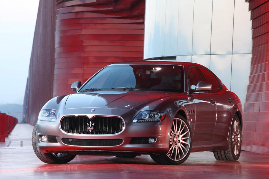 2010 Maserati Quattroporte Photo 1 of 20