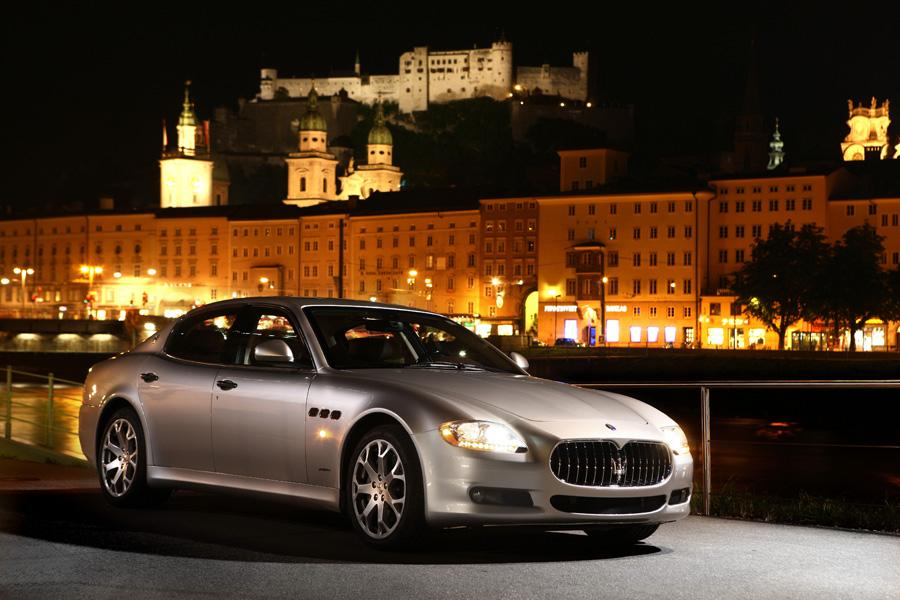 2010 Maserati Quattroporte Photo 2 of 20