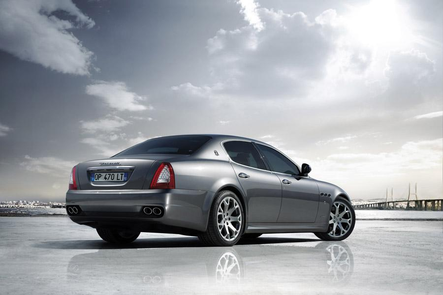 2010 Maserati Quattroporte Photo 3 of 20