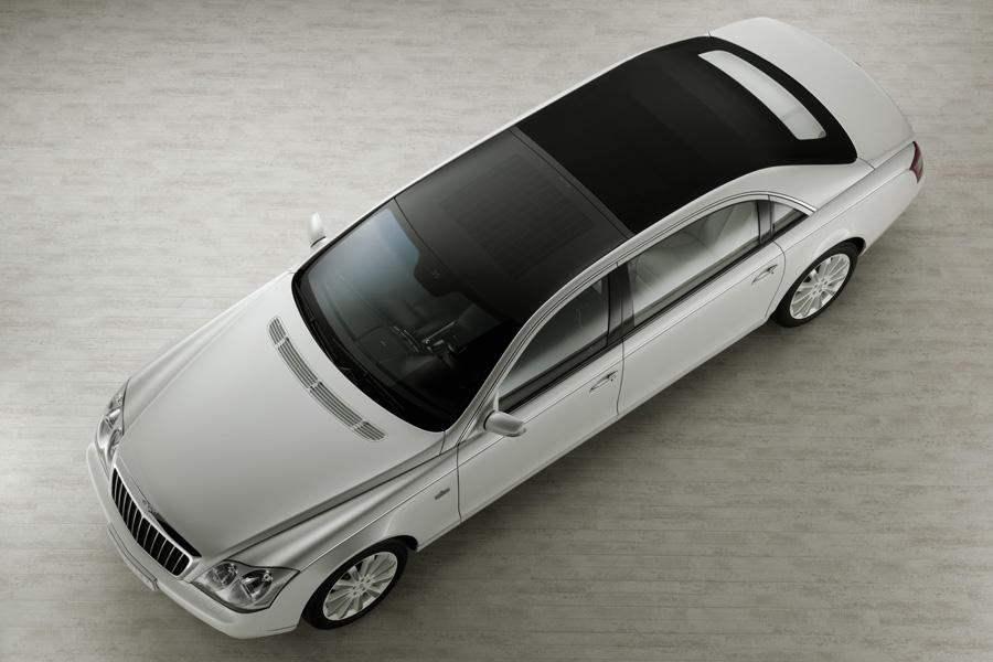 2010 Maybach Landaulet Photo 2 of 20