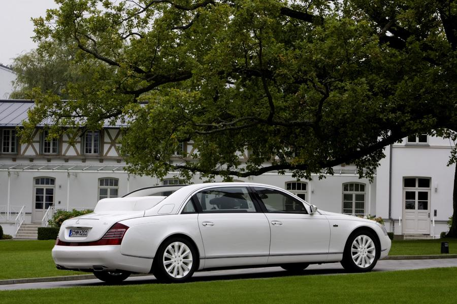 2010 Maybach Landaulet Photo 4 of 20
