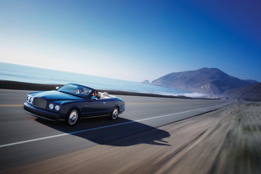 2010 Bentley Azure Photo 2 of 20