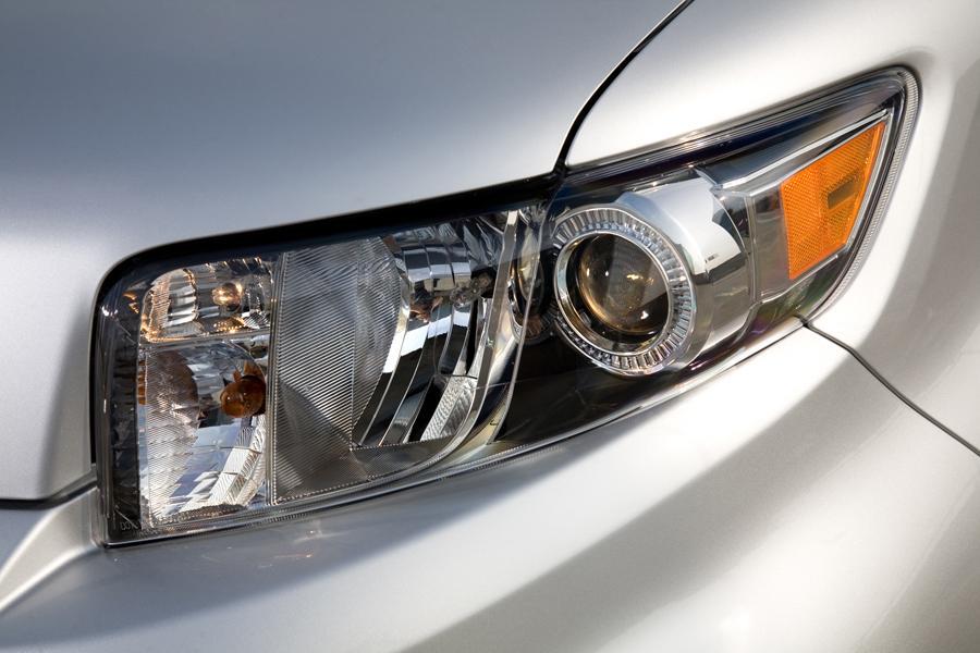 2011 Scion Xb Overview Cars Com