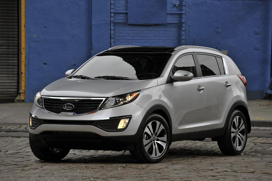 2011 kia sportage overview. Black Bedroom Furniture Sets. Home Design Ideas