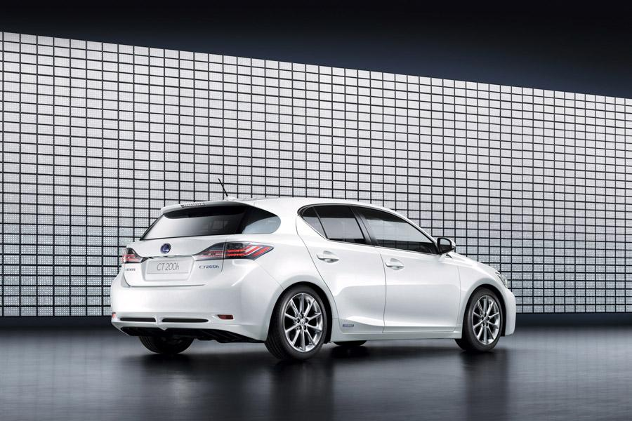 2011 Lexus CT 200h Photo 4 of 20