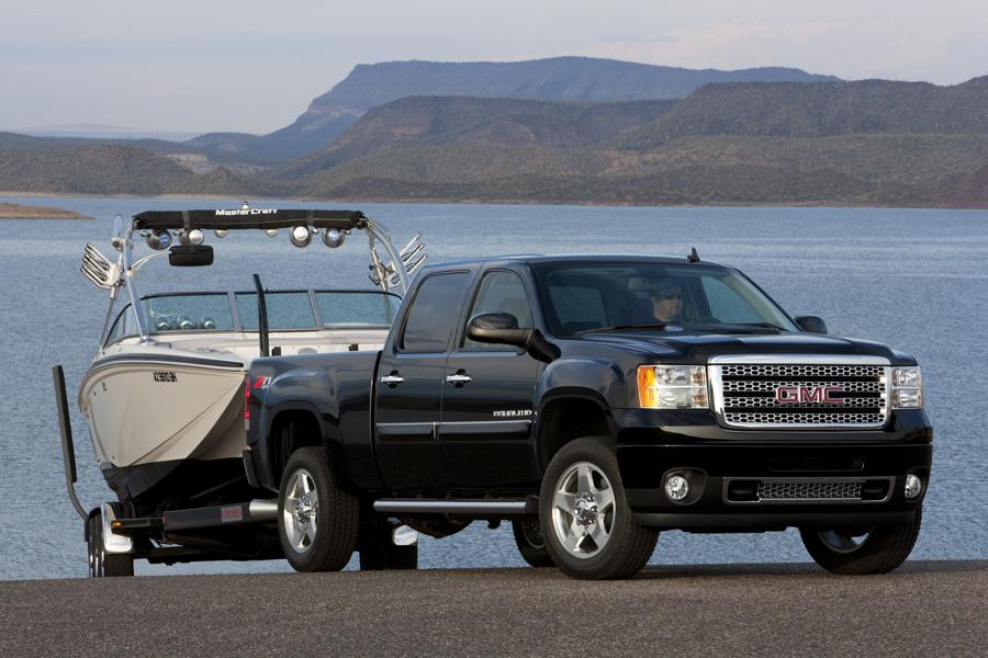 2011 GMC Sierra 2500 Photo 2 of 20