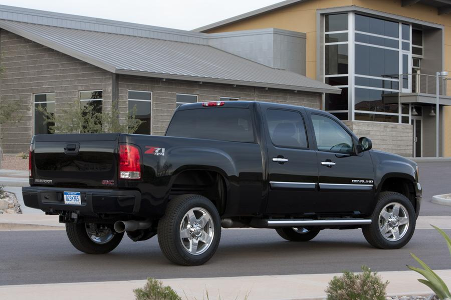 2011 GMC Sierra 2500 Specs, Pictures, Trims, Colors ...