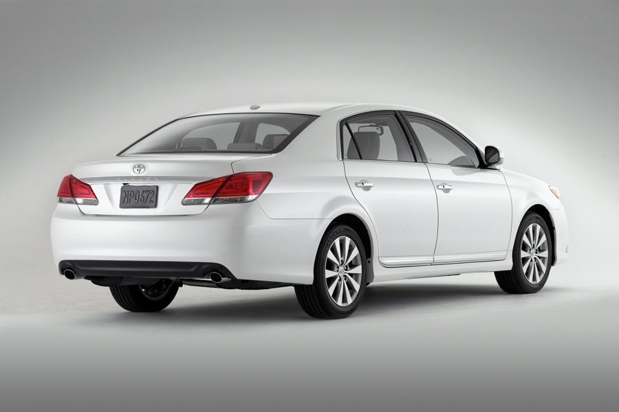 2011 Toyota Avalon Overview  Carscom