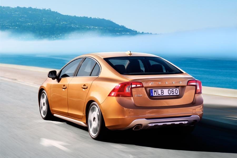 2011 Volvo S60 Photo 2 of 20