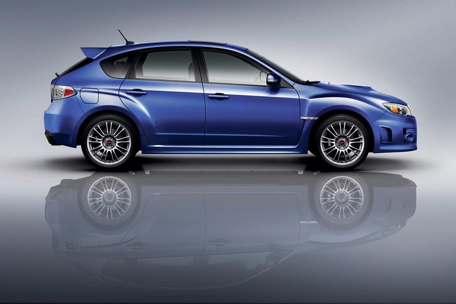 2011 Subaru Impreza WRX STi Photo 4 of 19
