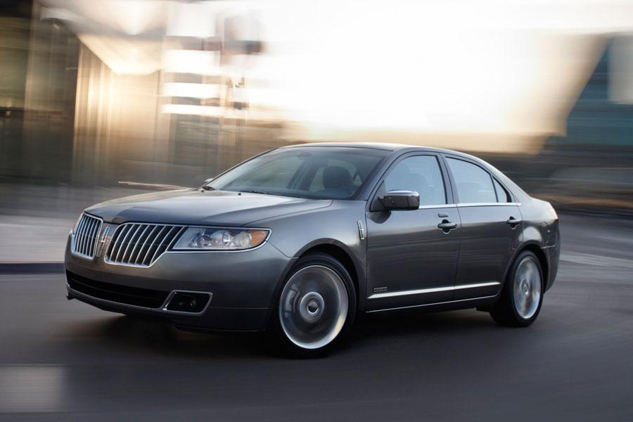 2011 Lincoln MKZ Photo 2 of 40