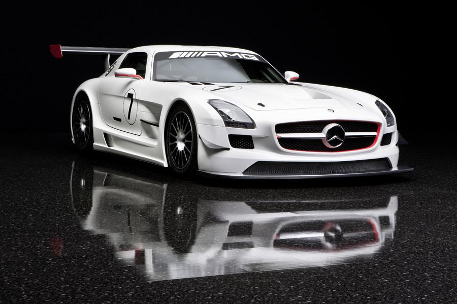 2011 Mercedes-Benz SLS AMG Photo 3 of 20