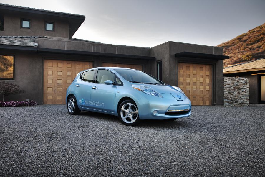 2011 Nissan Leaf Photo 3 of 21