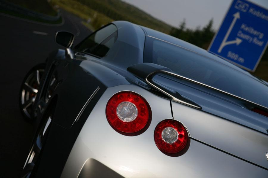 2011 Nissan GT-R Photo 6 of 22
