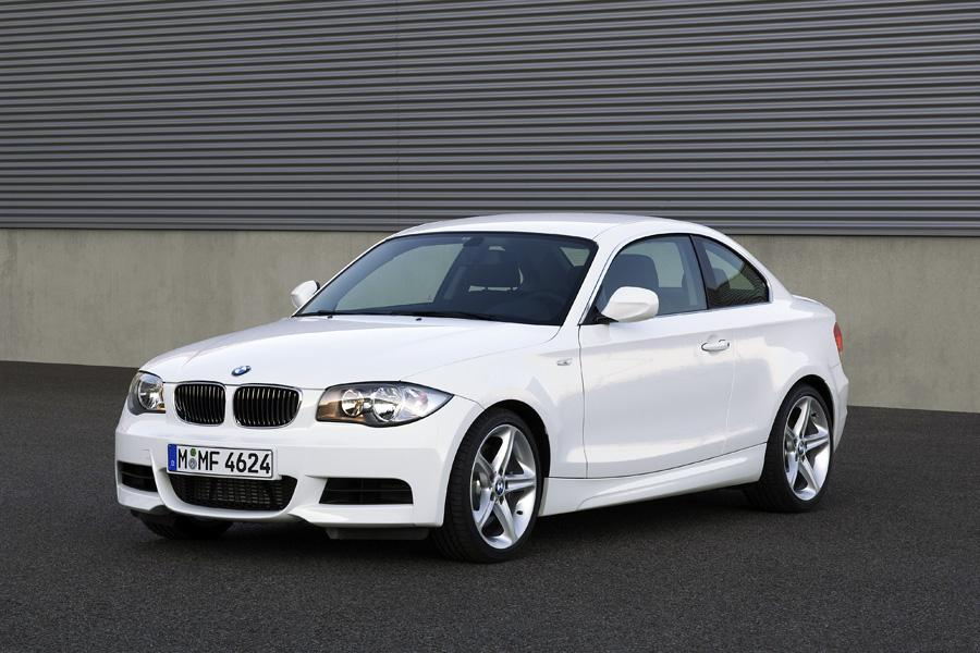 2011 BMW 135 Photo 2 of 20