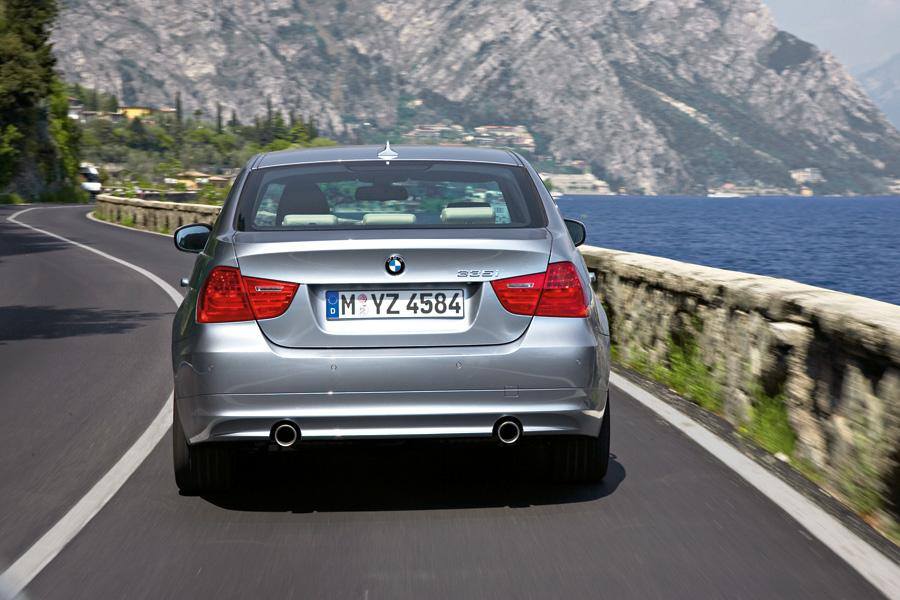 2011 BMW 335 Photo 6 of 20