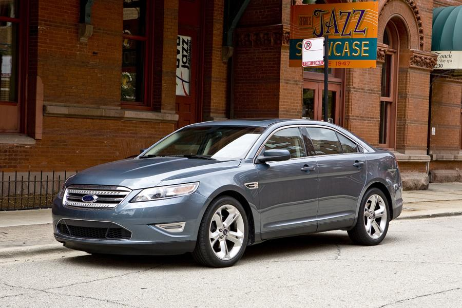 2011 Ford Taurus Photo 3 of 20