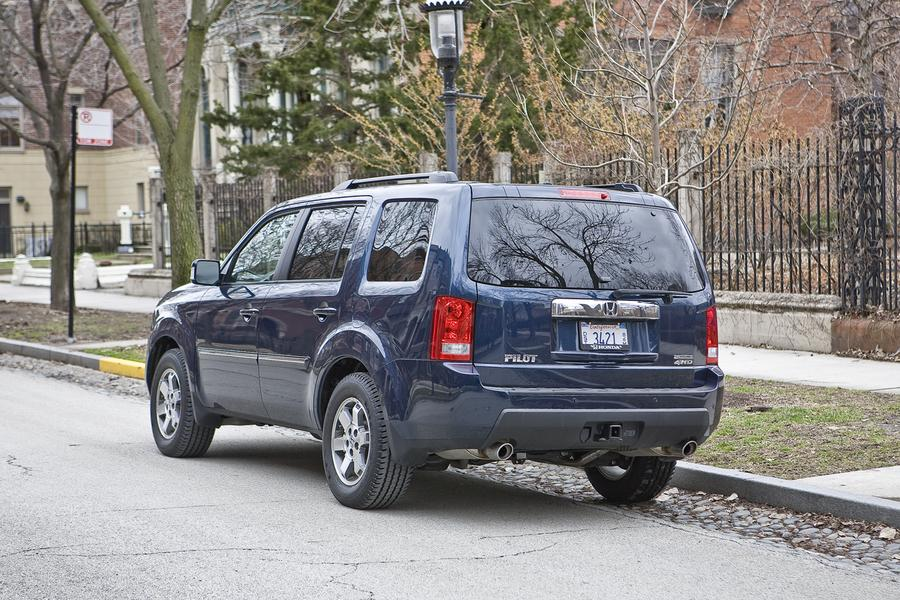 2011 Honda Pilot Photo 4 of 20