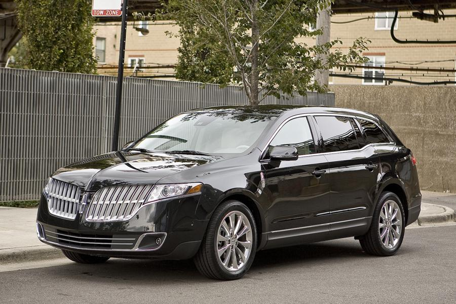 2011 Lincoln MKT Photo 1 of 20