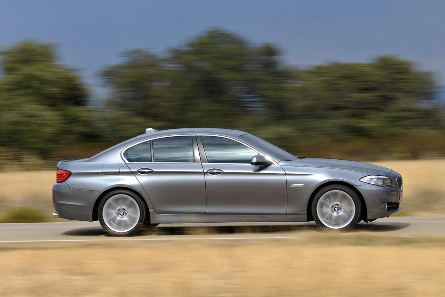 2011 BMW 528 Photo 5 of 20