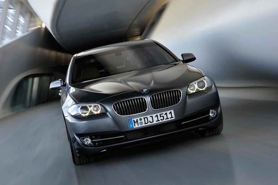 2011 BMW 528 Photo 6 of 20
