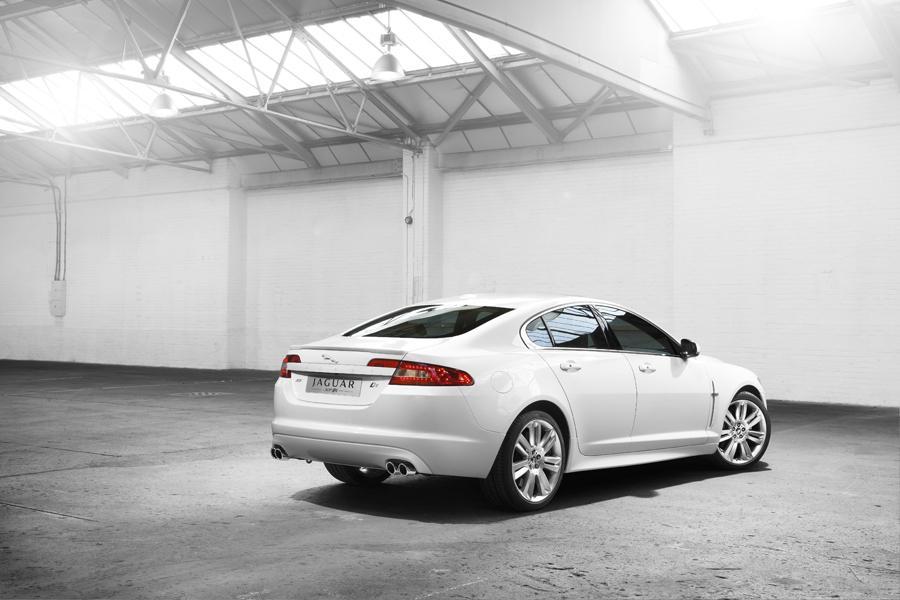 2011 Jaguar XF Photo 3 of 20
