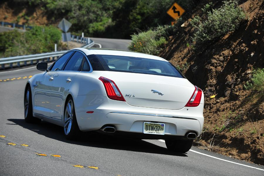 2011 Jaguar XJ Photo 4 of 20