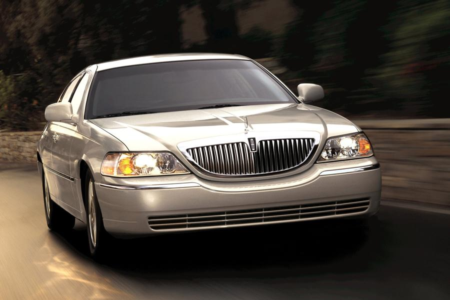 lincoln town car sedan models price specs reviews carscom