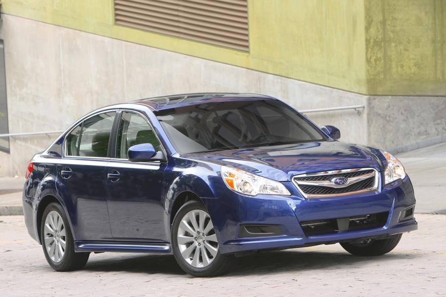 2011 Subaru Legacy Photo 4 of 20