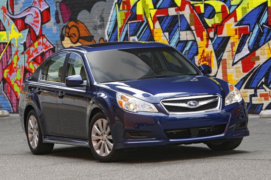 2011 Subaru Legacy Photo 5 of 20