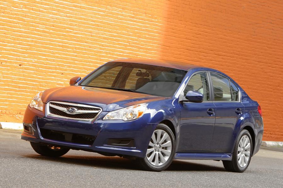 2011 Subaru Legacy Photo 6 of 20