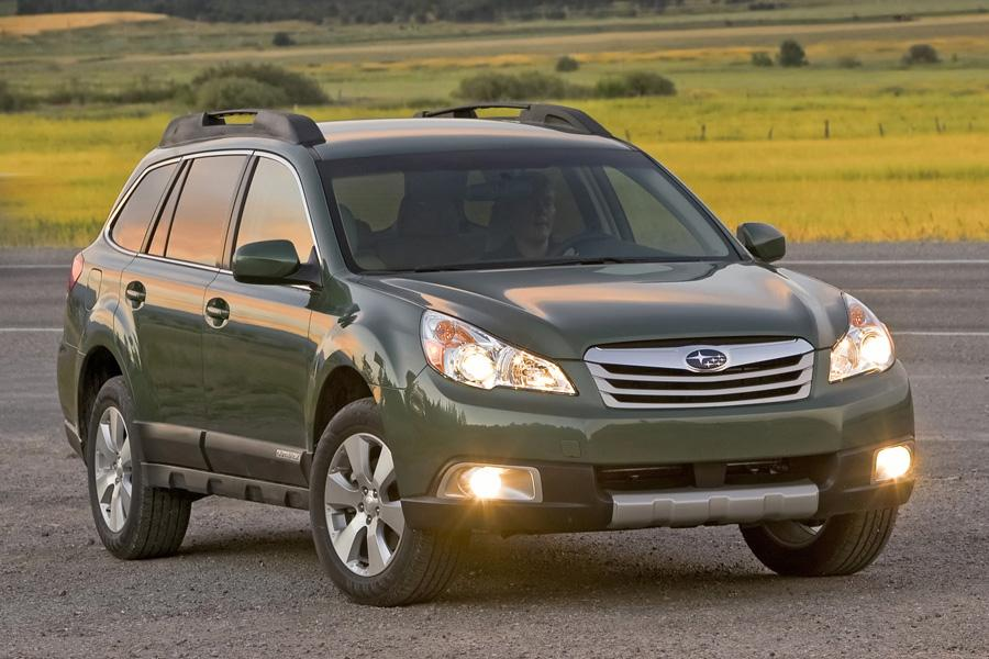 2011 Subaru Outback Photo 5 of 20
