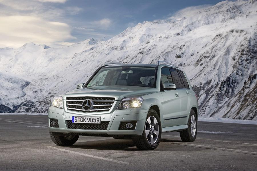 2011 mercedes benz glk class overview for Mercedes benz glk consumer reports