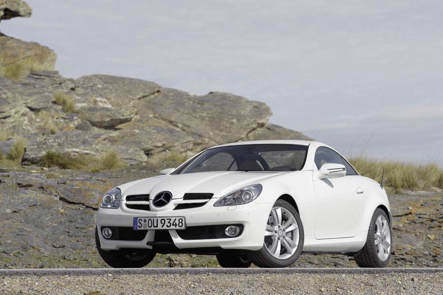 2011 Mercedes-Benz SLK-Class Photo 1 of 20