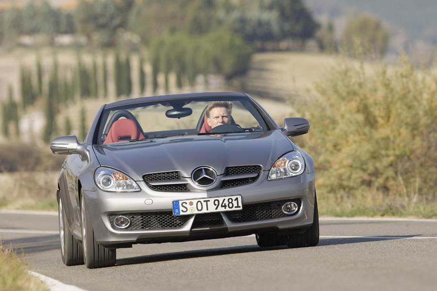 2011 Mercedes-Benz SLK-Class Photo 6 of 20