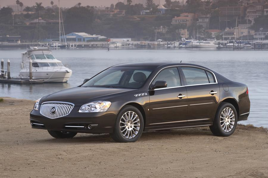 2011 buick lucerne overview. Black Bedroom Furniture Sets. Home Design Ideas