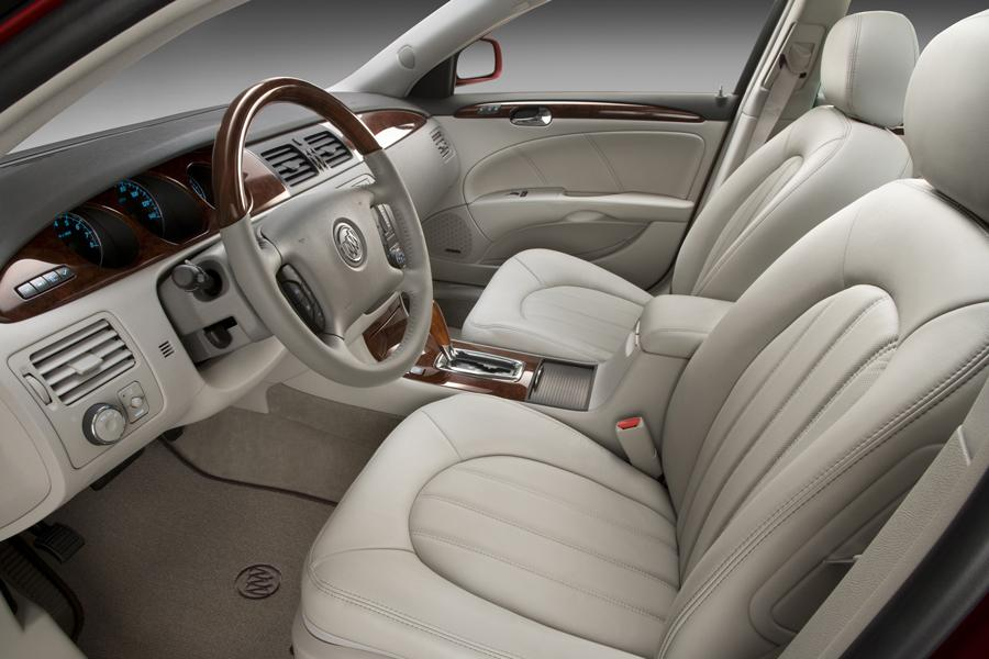 Buick Lucerne - Wikipedia