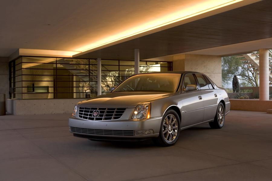 2011 Cadillac Dts Specs Pictures Trims Colors Cars Com