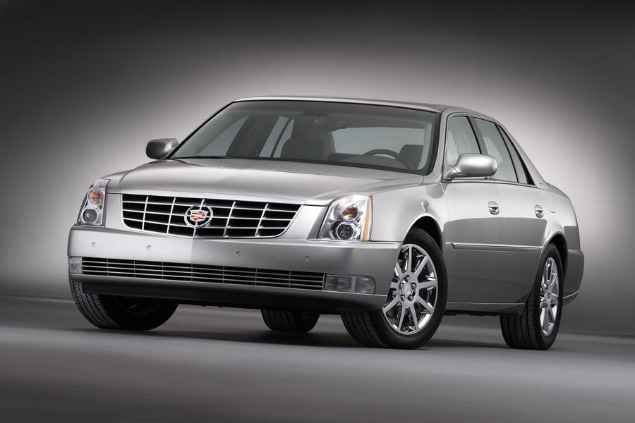 2011 cadillac dts reviews specs and prices. Black Bedroom Furniture Sets. Home Design Ideas