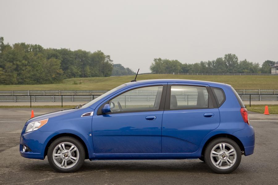 Chevrolet Aveo Sedan Models Price Specs Reviews Cars Com