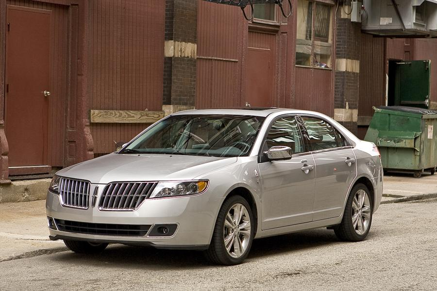 2011 Lincoln MKZ Photo 1 of 40