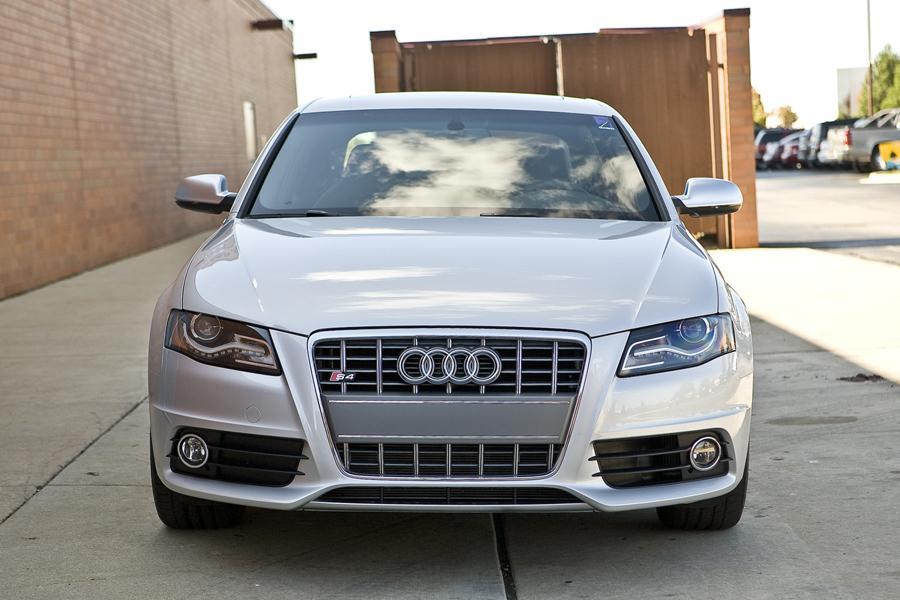 2011 Audi S4 Photo 2 of 20