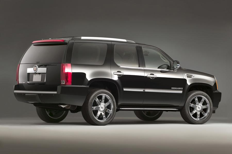 2011 Cadillac Escalade Photo 2 of 20