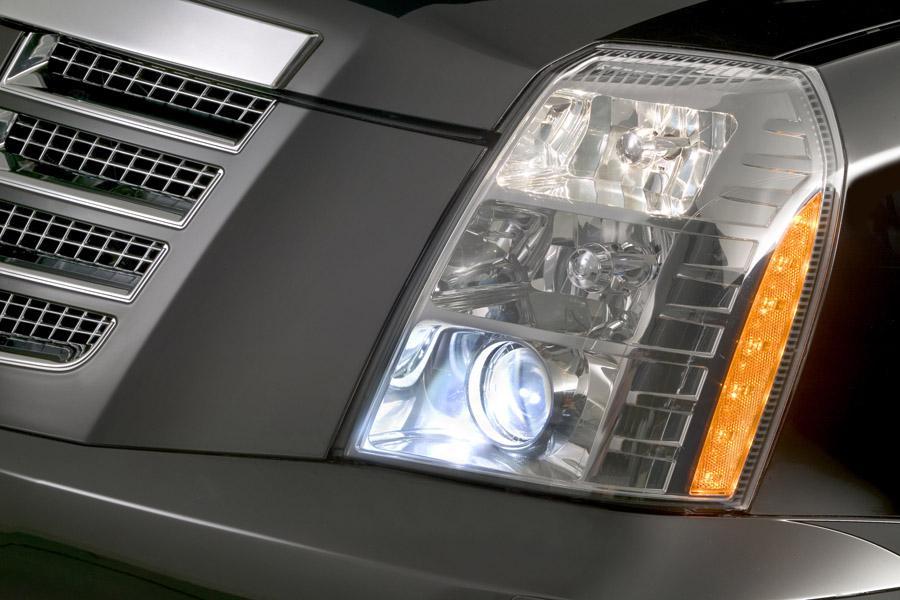 2011 Cadillac Escalade Photo 4 of 20