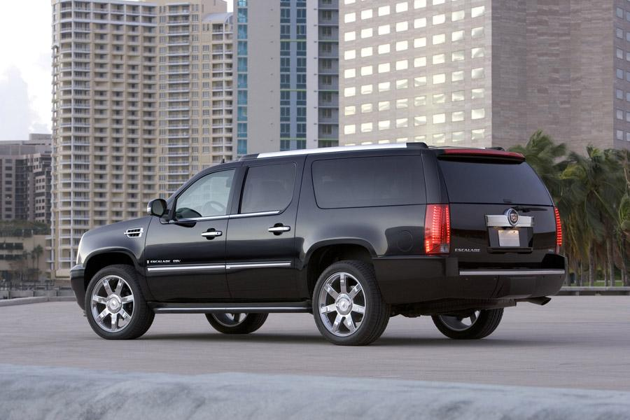 2011 Cadillac Escalade ESV Photo 3 of 7
