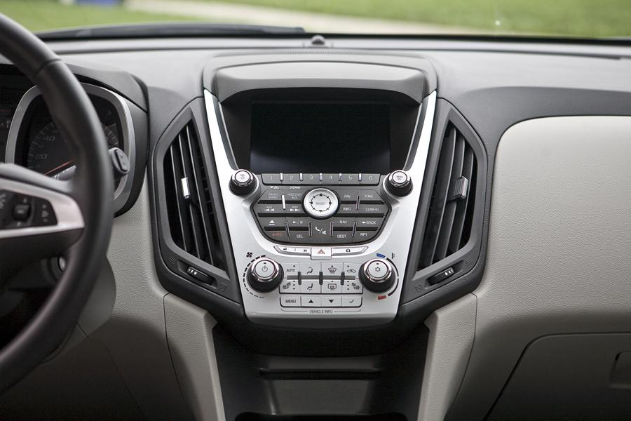 2011 Chevrolet Equinox Specs, Pictures, Trims, Colors ...