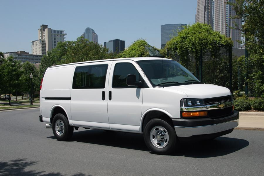 2011 Chevrolet Express 3500 Photo 1 of 4