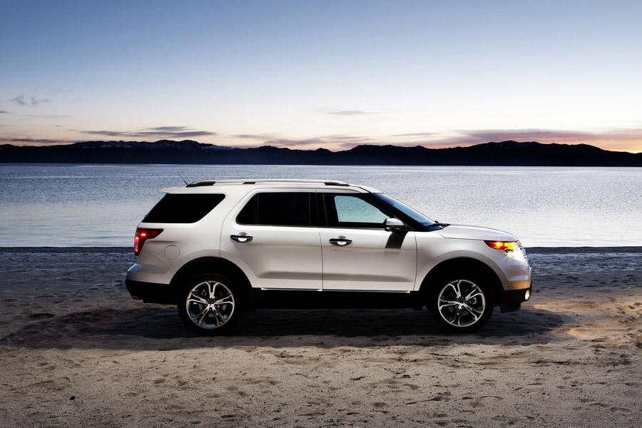 2011 Ford Explorer Photo 3 of 20