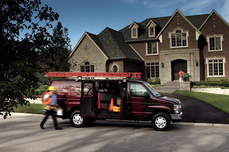2011 Ford E250 Photo 2 of 5
